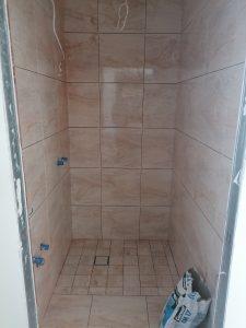 Statybos,apdailos, tinko darbai. Betonavimas, grindų, parketo klojimas,dažymas, tinkavimas. MB Alpa House sprendimai jūsų namams.